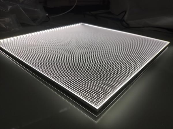 Frameless Light Guide Plate